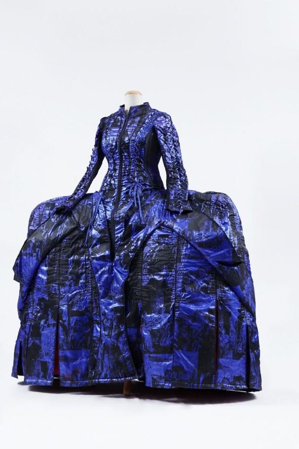 opera-haute-couture-body-image-1418139671