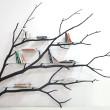 Półki na drzewie – tak w skrócie można opisać mebel Bilbao chilijskiego artysty i projektanta Sebastiana Errazuriza. Mieszkający w Nowym Jorku Errazuriz specjalizuje się w meblach i obiektachz drewna. Tu […]